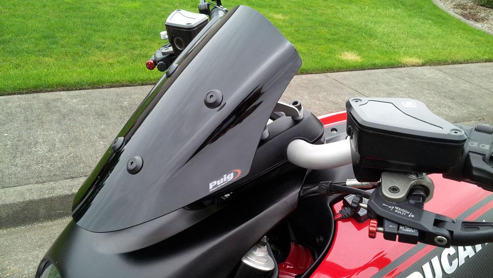 puig adjustable sport windscreen - review, video, photos - ducati