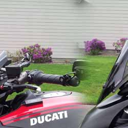 Project Diavel: Puig Sport Model windscreen in up and down position - April 2015