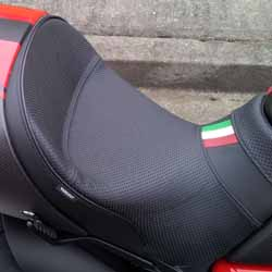 Project Diavel: Sargent World Sport Performance Seat, right side - April 2015